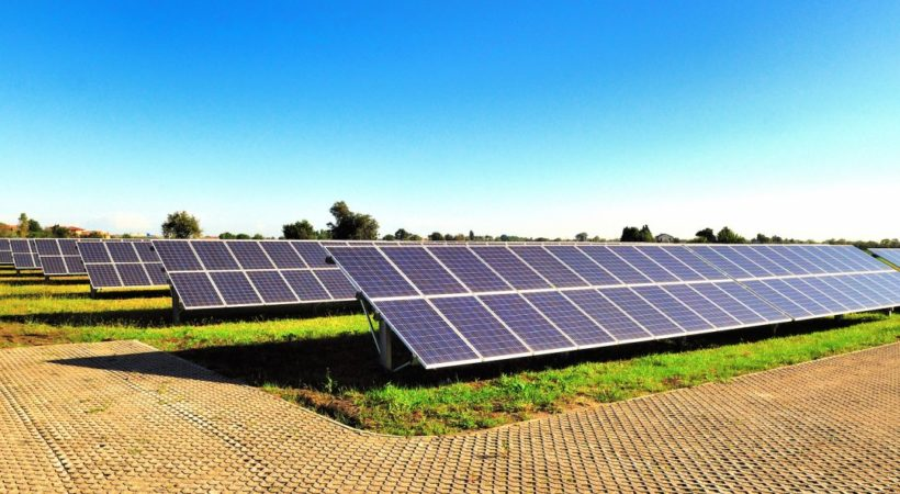 10 Benefits of Switching to Solar Energy for Homes
